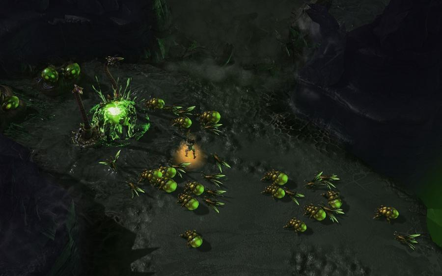 Starcraft 2: Heart of the Swarm (EU) Screenshot 4